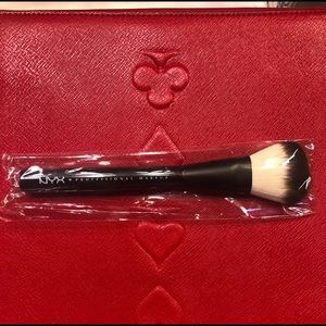 *NEW* NYX Professional Makeup Brush
